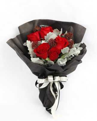 6 roses in black wrap r13 1 324x405 - Flower Delivery Subang -