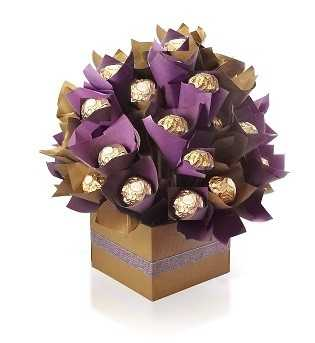 ferrero bouquet gift box dubai 1 - Best Couple - hand-bouquets, chocolate-bouquets